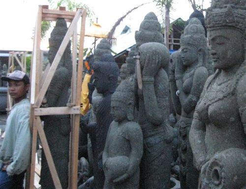 Bali Stone Worker