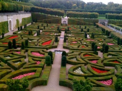 gardens500.jpg